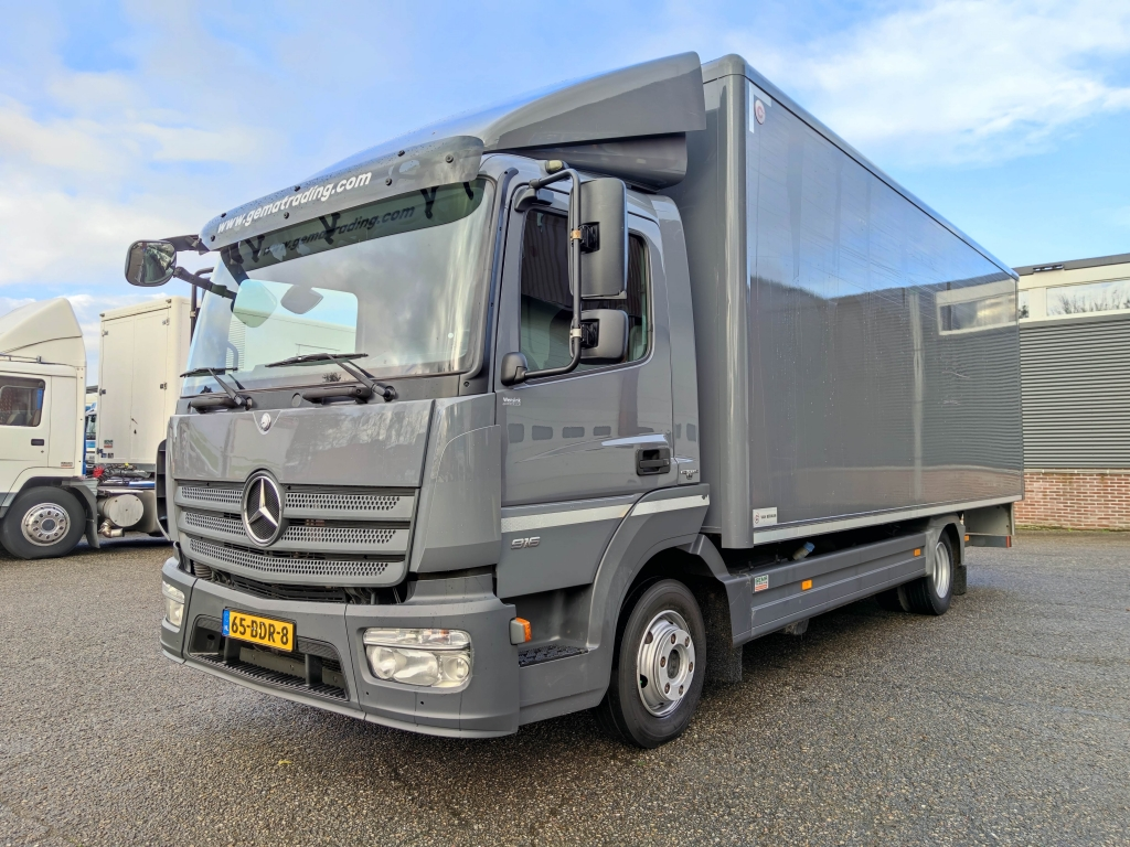 Mercedes-Benz ATEGO 916 4x2 Euro6 - 6.5M Box - Laadklep - Zij deur met trap 03/2021 APK