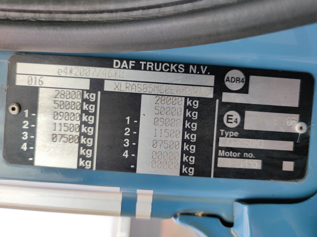 DAF CF85-410 6x2/4 SpaceCab Euro5 - Schuifzeilen 7.15m - KooiAAp - Stuur-as -TOP!
