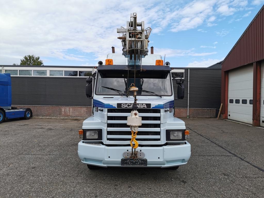 Scania T142e 420 6x4 Retarder GOTTWALD  27500KG - 23M