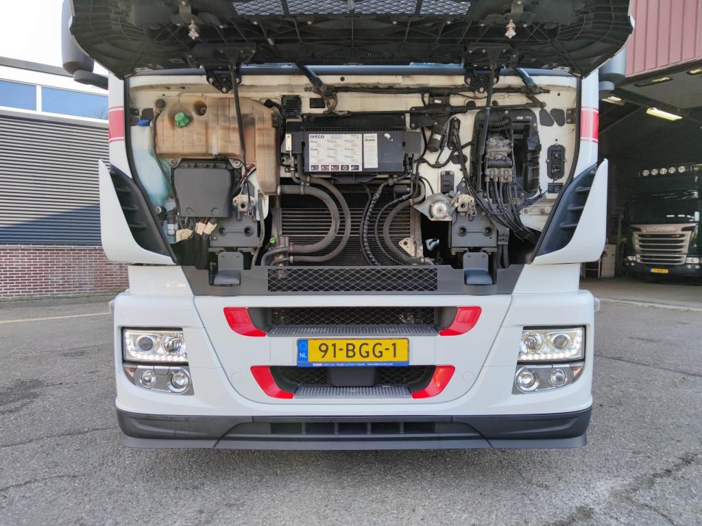Iveco STRALIS AS440S42T/P 4x2 Euro 6 - 2 Tanks - NeatCondition  08/2021 apk