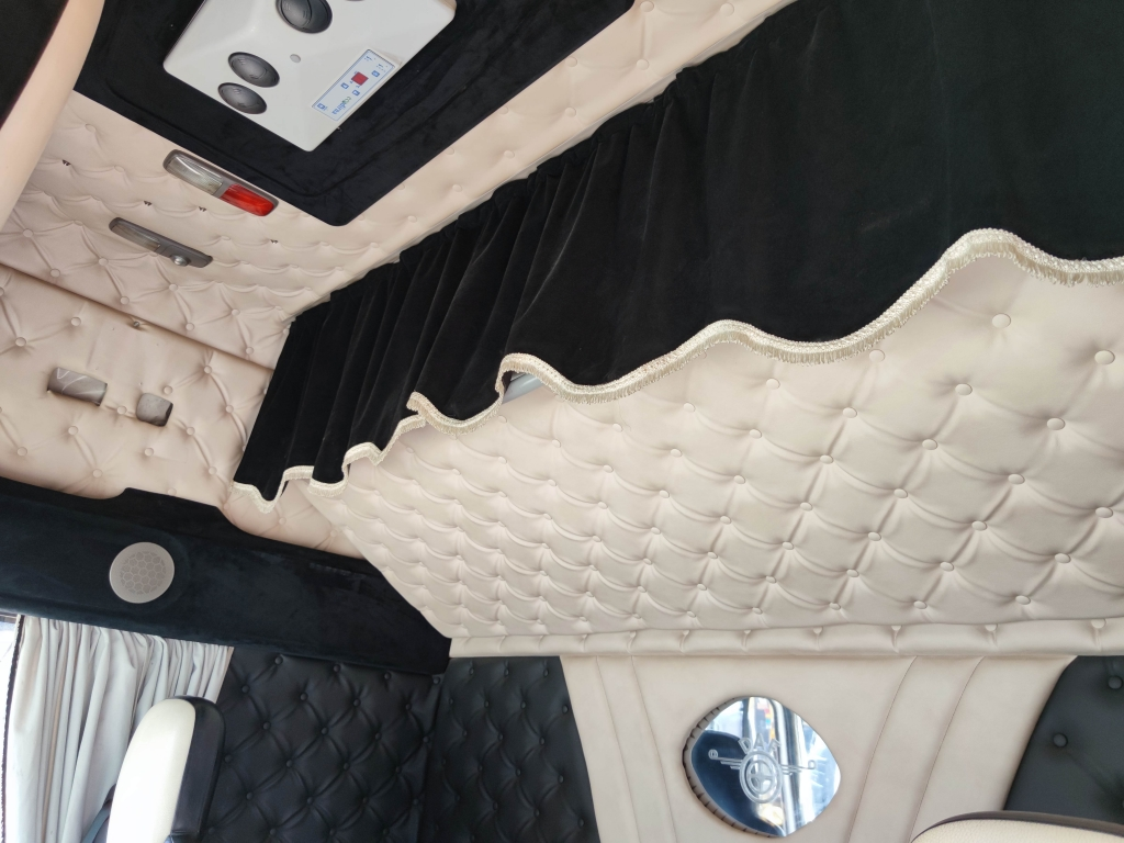 DAF FT XF105.460 SuperSpacecab 4x2 Euro 5 - Retarder - Manual - Standairconditioning - Full Leather - 04/2022 APK