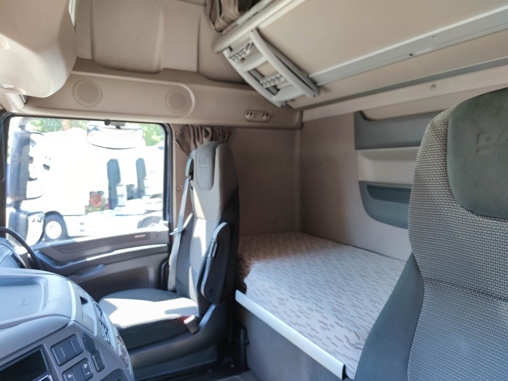DAF FT XF 410 SuperSpaceCab 4x2 Euro 6 - 2 FuelTanks - Manual - 255.000km! TOP!