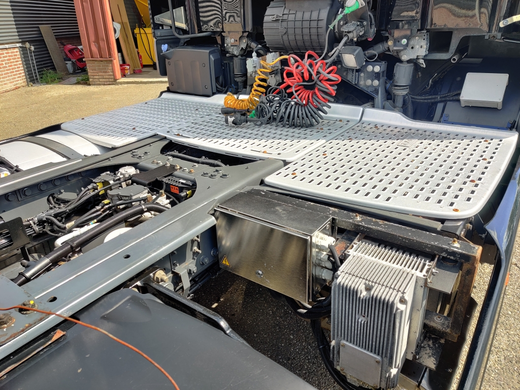 DAF CF 400 SpaceCab 4x2 Euro6 - Side Skirts - GTS Generator 12/2020APK