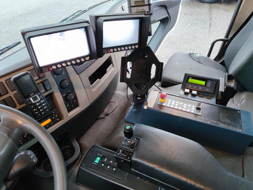 Volvo FE280 6x2/4 Dagcabine Euro5 - Schorling Zij lader / Kipper - 149.000km!