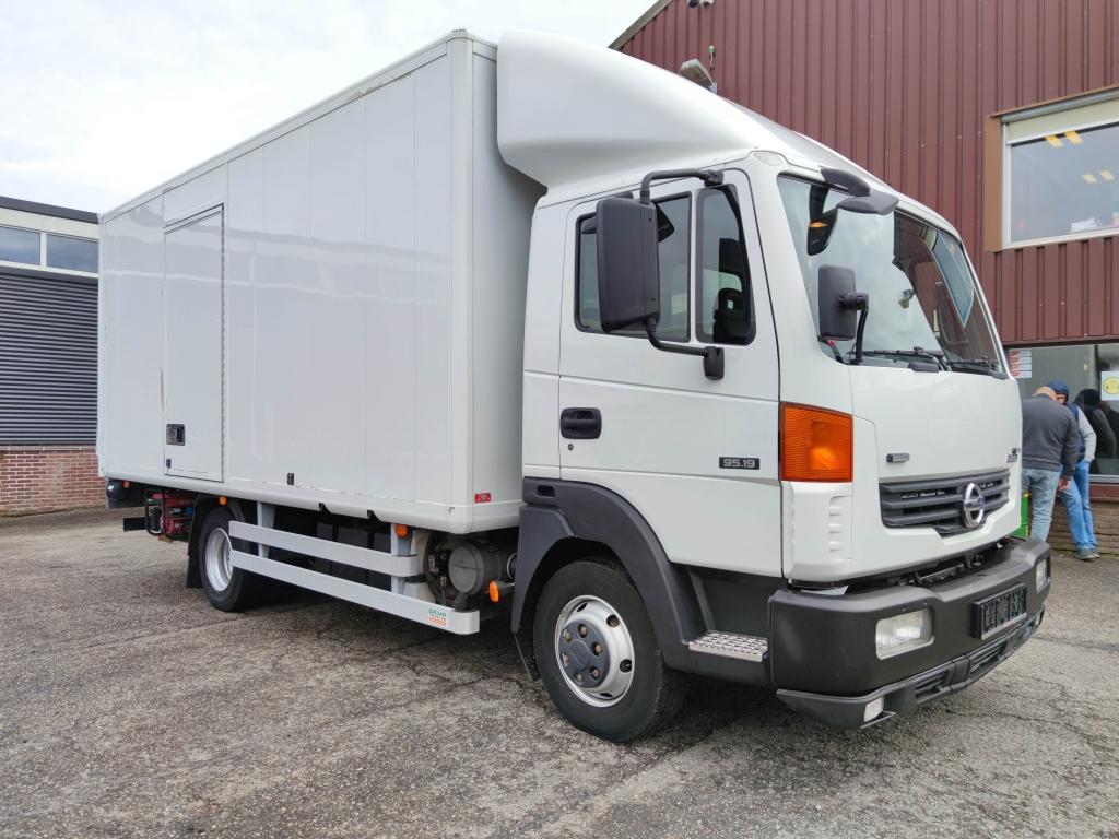 Nissan Atleon 4x2 Euro 4 - Laadbak 5.15m + laadklep 750 kg - 48.000km Origineel!