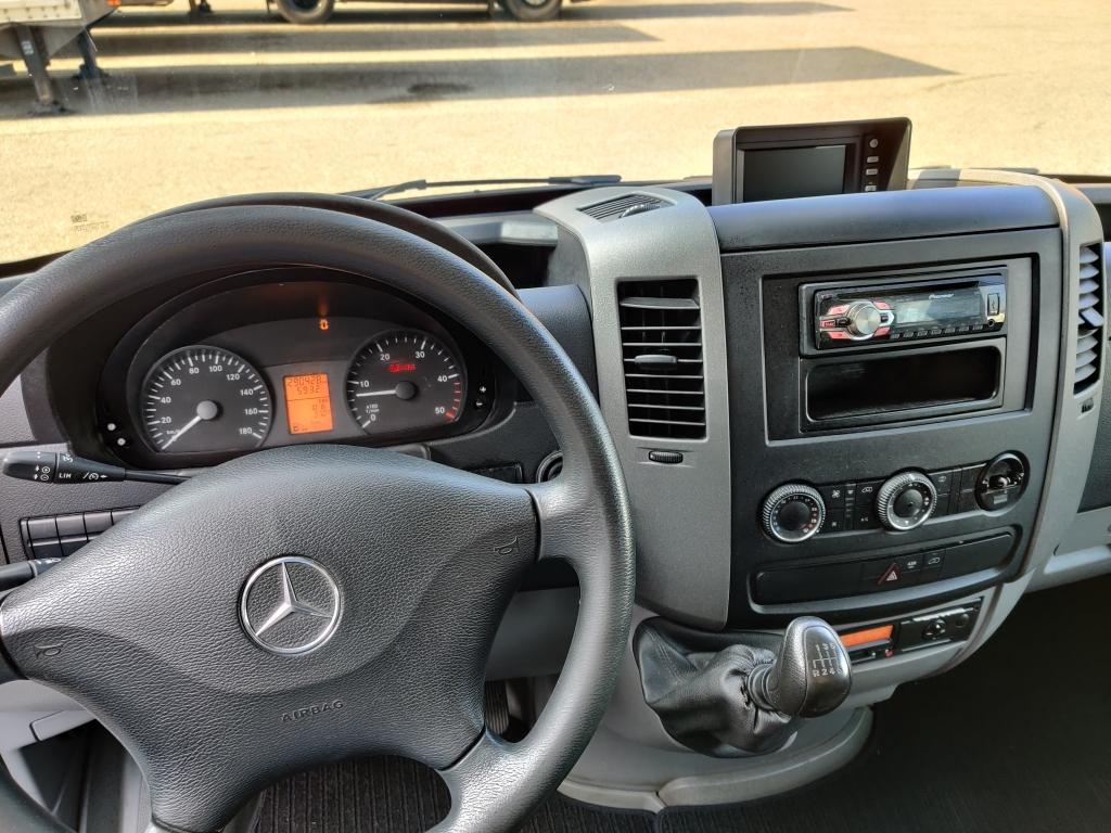 Mercedes-Benz SPRINTER 519 DOKA + Verlhuizen 6.5m Gesloten oplegger met Laadklep - TOP! 02/2021