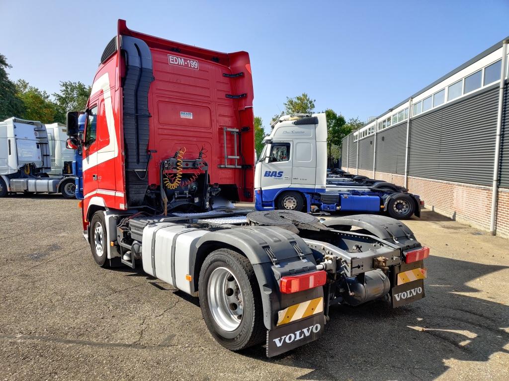Volvo FH 440 Globetrotter XL 4x2 Euro5 - Double Tanks - Fridge 11/2020APK