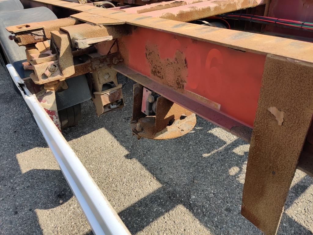 Renders ROC 12.27 CCE 3-Axle SAF - Lift axle Drum Brakes - 20ft 30ft 40ft