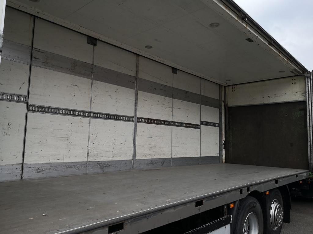 Volvo FH440 6x2 VEB+ Globetrotter Euro5 - Analoge Tacho! - Zij deuren - Laadklep + Aanhanger - 12/2019 APK