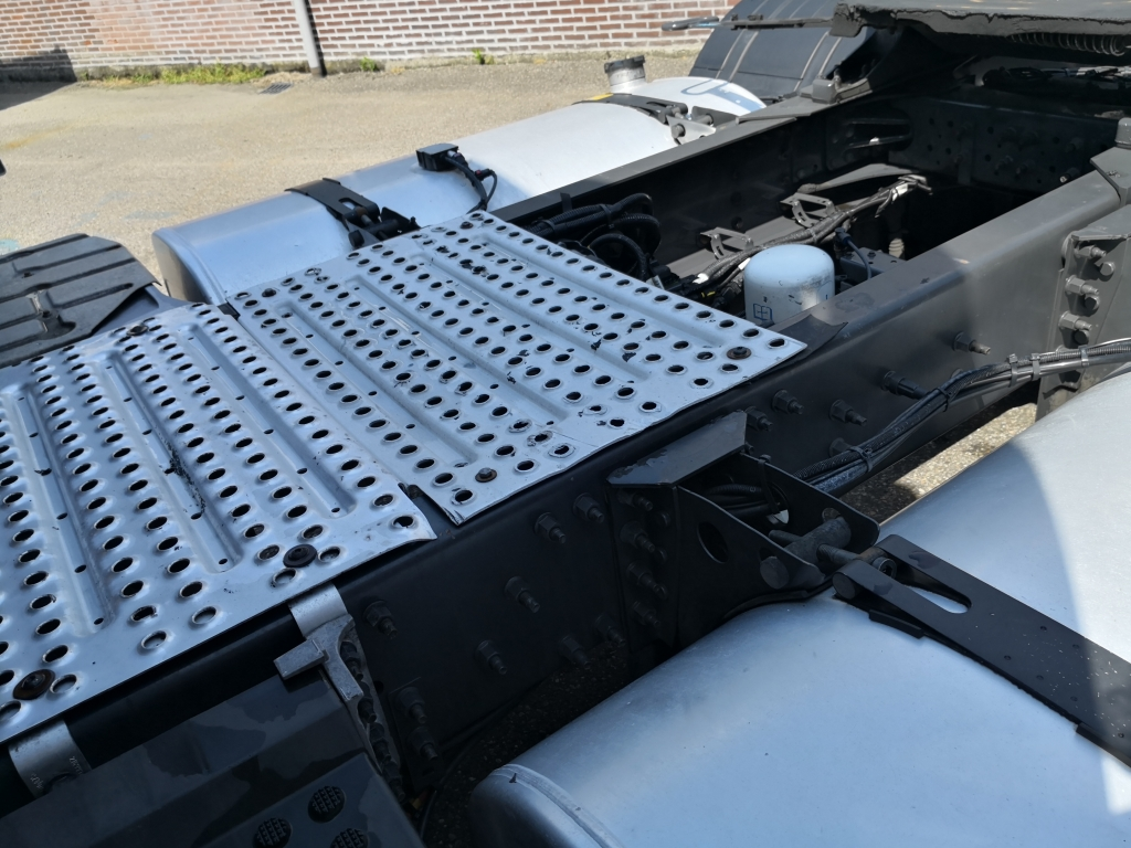 Volvo FH460 4x2 Globetrotter Euro6 - VEB+ - 2 tanks - Fridge