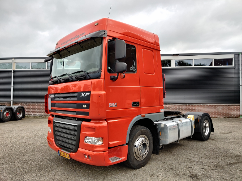 DAF FT XF105.460 SpaceCab 4x2 Euro5 - ADR - Spare Tyre - 613.000km!