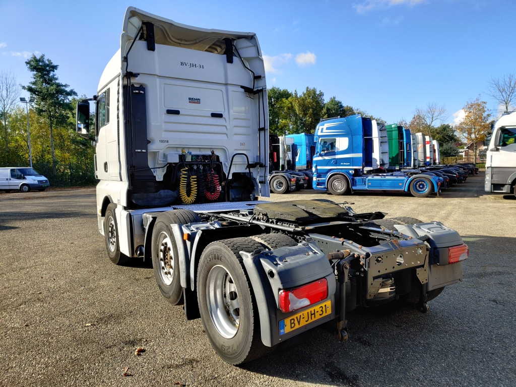 MAN TGX 26.400 6x2/4 XLX Euro 4 - Manual Gearbox - Coolbox