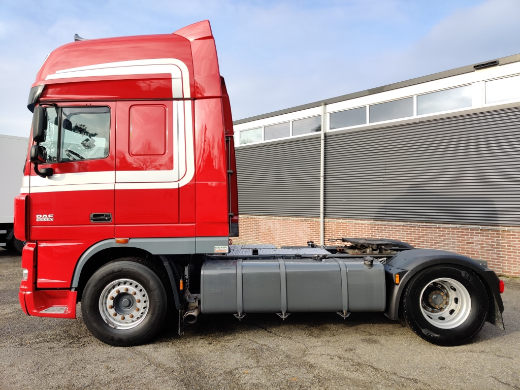 DAF XF105.460 4x2 SuperSpaceCab Euro 5 - Manual Gearbox - Double alu tanks - Michelin tires - Mircowave - Fridge 9/2020APK